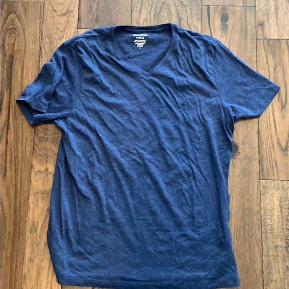 banana republic v- neck blue fitted tee large